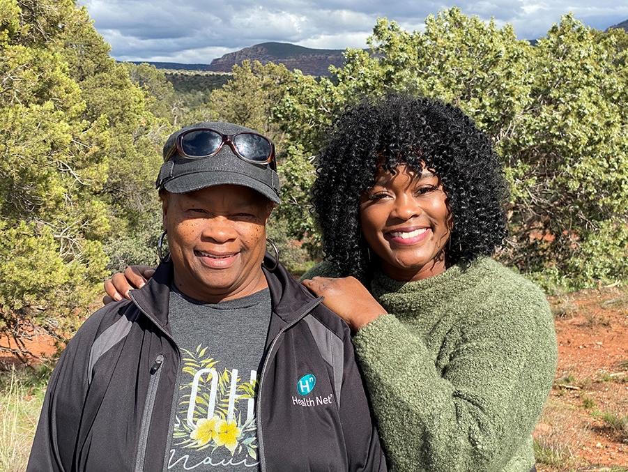 2-Tina and Mom 900